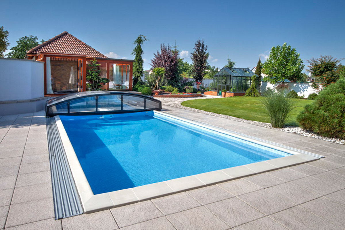 Pools In Small Backyards